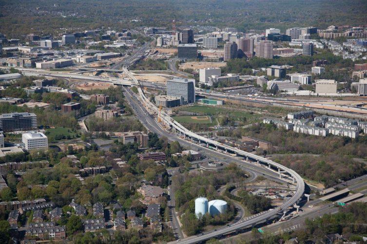 dulles metro rail_aerial 2